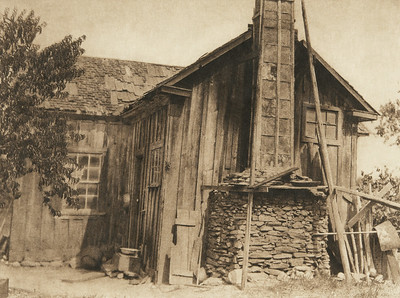 Modern Hupa house (The North American Indian, v. XIII. Norwood, MA, The Plimpton Press,  1924)