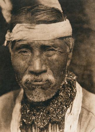 Tolowa man  (The North American Indian, v. XIII. Norwood, MA, The Plimpton Press,  1924)