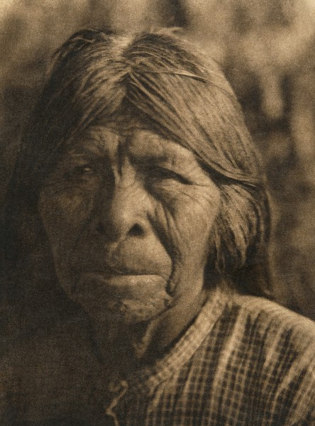 A Chukchansi Yokuts woman - A(The North American Indian, v. XIV. Norwood, MA, The Plimpton Press, 1924)