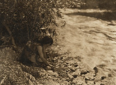 On Russian River - Pomo (The North American Indian, v. XIV. Norwood, MA, The Plimpton Press, 1924)