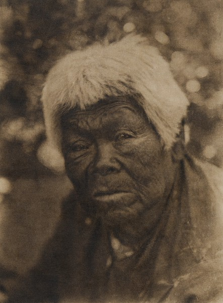 A southern Miwok woman (The North American Indian, v. XIV. Norwood, MA, The Plimpton Press, 1924)