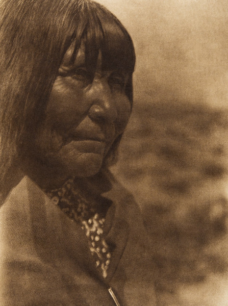 A Paviotso woman of Walker Lake (The North American Indian, v. XV. Norwood, MA, The Plimpton Press, 1926)