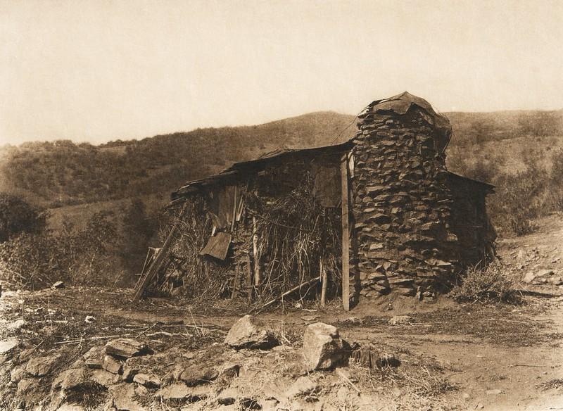Modern house at Mesa Grande - Digueño  (The North American Indian, v. XV. Norwood, MA, The Plimpton Press, 1926)