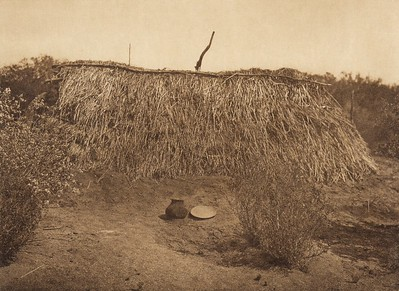 Summer shelter at Campo - Diegueño  (The North American Indian, v. XV. Norwood, MA, The Plimpton Press, 1926)