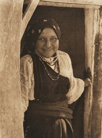 An Isleta woman (The North American Indian, v. XVI. Norwood, MA, The Plimpton Press,  1926)