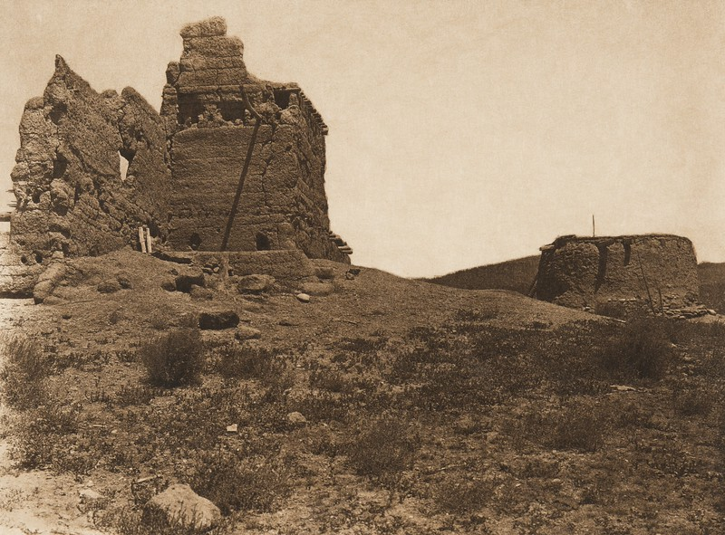 Old house and kiva at Picuris (The North American Indian, v. XVI. Norwood, MA, The Plimpton Press,  1926)