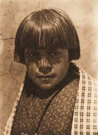 "Pishkuty - ""Cornstalk"" - Santo Domingo (The North American Indian, v. XVI. Norwood, MA, The Plimpton Press,  1926)"