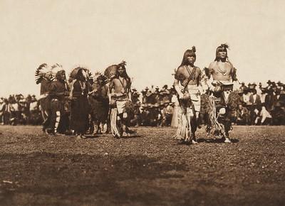 Picuris harvest dance (The North American Indian, v. XVI. Norwood, MA, The Plimpton Press,  1926)