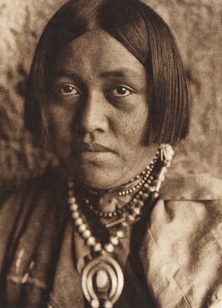 Laitsanyasitsa - Zu–i (The North American Indian, v. XVII. Norwood, MA, The Plimpton Press,  1926)