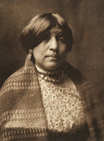 "Yan-tse - ""Willow Yellow"" - Nambe (The North American Indian, v. XVII. Norwood, MA, The Plimpton Press,  1926)"