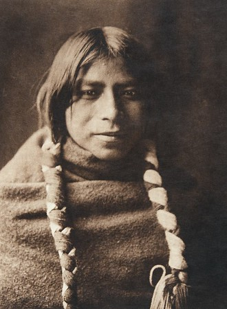 "Fo-e - ""Snow Child"" - Santa Clara (The North American Indian, v. XVII. Norwood, MA, The Plimpton Press,  1926)"