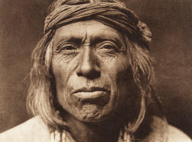 Shiwawatiwa - Zu–i (The North American Indian, v. XVII. Norwood, MA, The Plimpton Press,  1926)