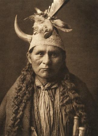 "Oyegi-aye - ""Frost Moving"", Santa Clara governor (The North American Indian, v. XVII. Norwood, MA, The Plimpton Press,  1926)"