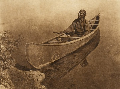 A Cree canoe (The North American Indian, v. XVIII. Norwood, MA, The Plimpton Press,  1928)