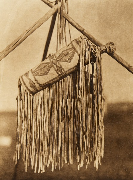 A Blackfoot ceremonial bag (The North American Indian, v. XVIII. Norwood, MA, The Plimpton Press,  1928)