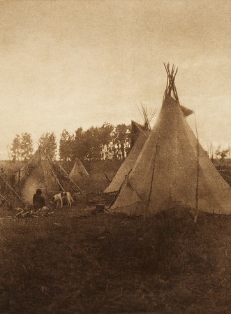 A Cree camp (The North American Indian, v. XVIII. Norwood, MA, The Plimpton Press,  1928)