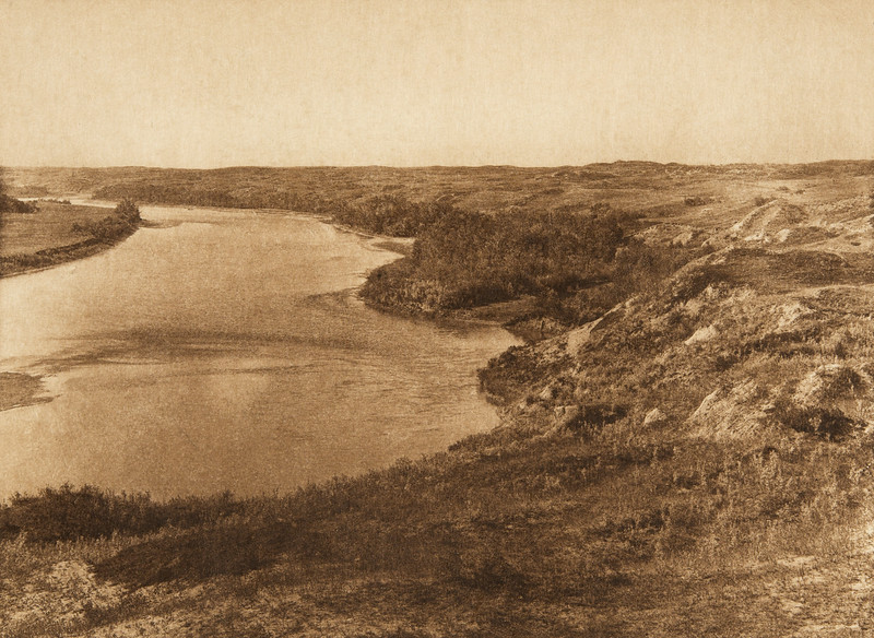Bow River and the sandhills - Blackfoot (The North American Indian, v. XVIII. Norwood, MA, The Plimpton Press,  1928)
