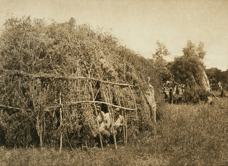 Brush huts, animal dance encampment - Cheyenne (The North American Indian, v. XIX. Norwood, MA, The Plimpton Press,  1930)