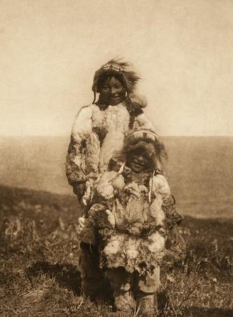 Tenaktak Wedding Guests (The North American Indian, v. X. Norwood, MA: The Plimpton Press, 1915)