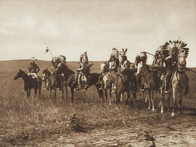 Brule Warriors [Sioux] (Indians of North America, v. III. Cambridge, MA: The University Press, 1908)