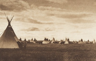 Piegan Camp (The North American Indian, v. VI. Cambridge, MA: The University Press, 1911)