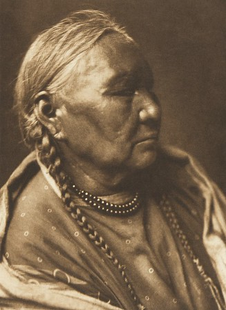 Cheyenne Female Profile (The North American Indian, v. VI. Cambridge, MA: The University Press, 1911)