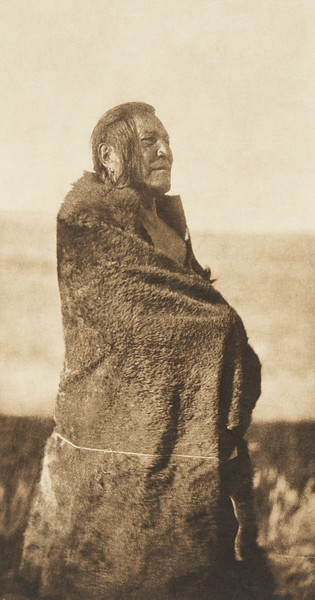 Mountain Chief - Piegan (The North American Indian, v. VI. Cambridge, MA: The University Press, 1911)