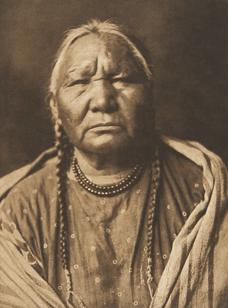 Cheyenne Female Type (The North American Indian, v. VI. Cambridge, MA: The University Press, 1911)