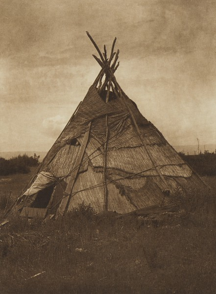 Mat Lodge - Yakima (The North American Indian, v. VII. Norwood, MA: The Plimpton Press, 1911)