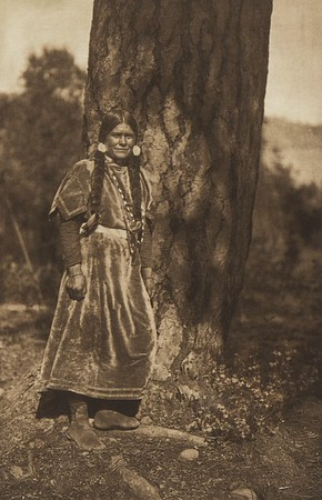Flathead Young Woman (The North American Indian, v. VII. Norwood, MA: The Plimpton Press, 1911)