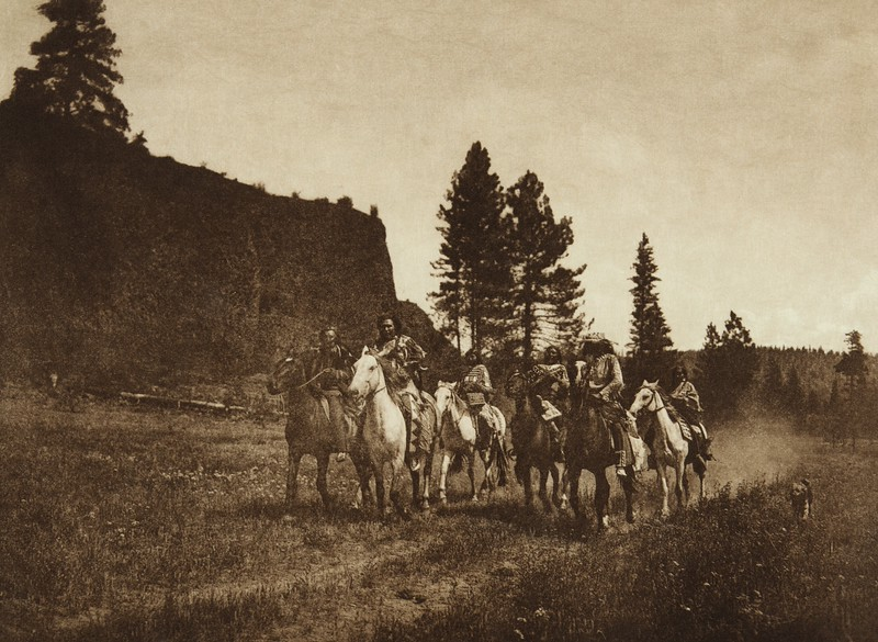 On the Move - Spokan (The North American Indian, v. VII. Norwood, MA: The Plimpton Press, 1911)