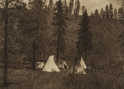 A Hill Camp - Spokan (The North American Indian, v. VII. Norwood, MA: The Plimpton Press, 1911)