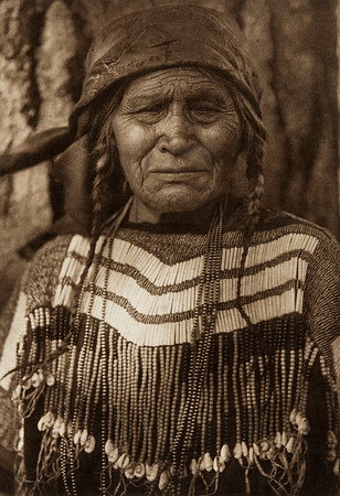 Flathead Female Type (The North American Indian, v. VII. Norwood, MA: The Plimpton Press, 1911)