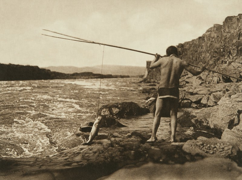 Salmon Fishing - Wishham (The North American Indian, v. VIII. Norwood, MA: The Plimpton Press, 1911)
