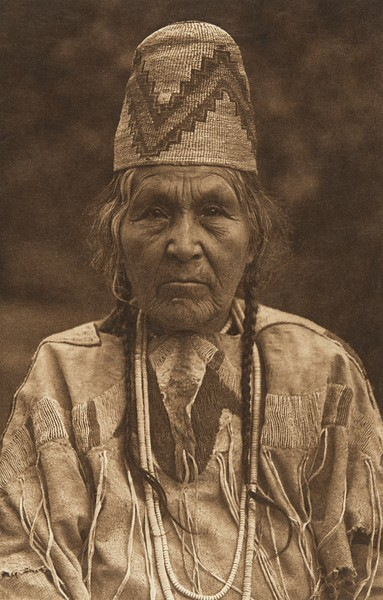 Cayuse Matron (The North American Indian, v. VIII. Norwood, MA: The Plimpton Press, 1911)