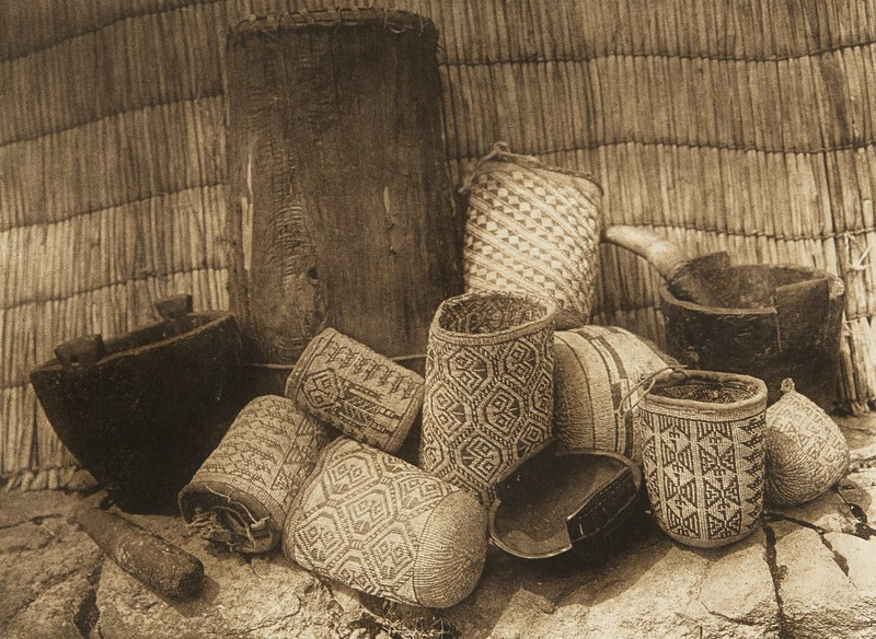 Wishham Handicraft (The North American Indian, v. VIII. Norwood, MA: The Plimpton Press, 1911)