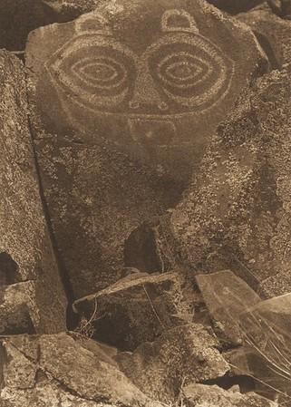 Tsagiglalal, The Guardian of Nihhluidih [Chinook] (The North American Indian, v. VIII. Norwood, MA: The Plimpton Press, 1911)