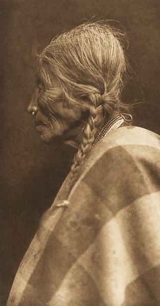 Wishham Female Profile (The North American Indian, v. VIII. Norwood, MA: The Plimpton Press, 1911)