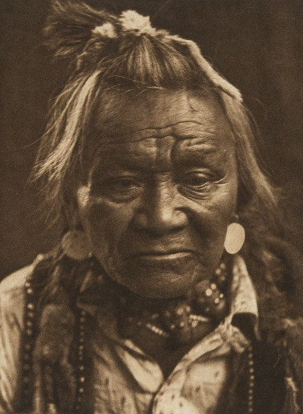 Half Moon - Nez Perce (The North American Indian, v. VIII. Norwood, MA: The Plimpton Press, 1911)