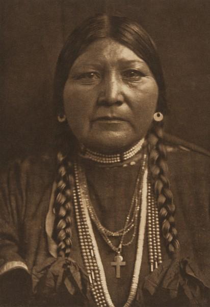 Nez Perce Matron (The North American Indian, v. VIII. Norwood, MA: The Plimpton Press, 1911)