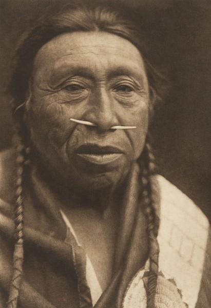 Spidis - Wishham (The North American Indian, v. VIII. Norwood, MA: The Plimpton Press, 1911)
