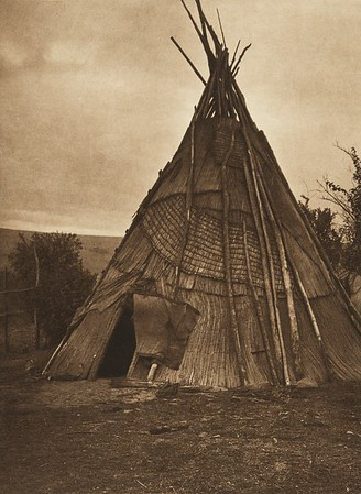 A Mat Lodge - Umatilla (The North American Indian, v. VIII. Norwood, MA: The Plimpton Press, 1911)