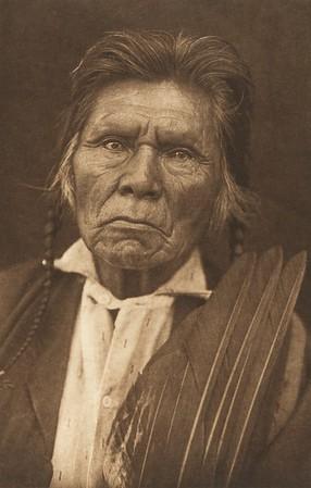 No Wings - Nez Perce (The North American Indian, v. VIII. Norwood, MA: The Plimpton Press, 1911)