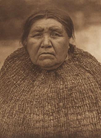 Yalqablu - Skokomish (The North American Indian, v. IX. Norwood, MA: The Plimpton Press, 1913)
