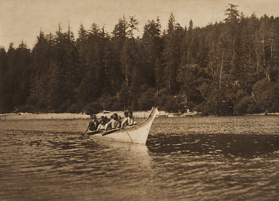 Quinault War Canoe (The North American Indian, v. IX. Norwood, MA: The Plimpton Press, 1913)