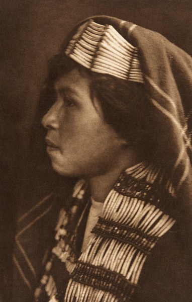 Quinault Female Profile (The North American Indian, v. IX. Norwood, MA: The Plimpton Press, 1913)