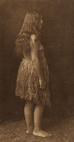 Primitive Dress - Quinault (The North American Indian, v. IX. Norwood, MA: The Plimpton Press, 1913)