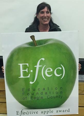 E•ƒ(ec)tive Apple Award