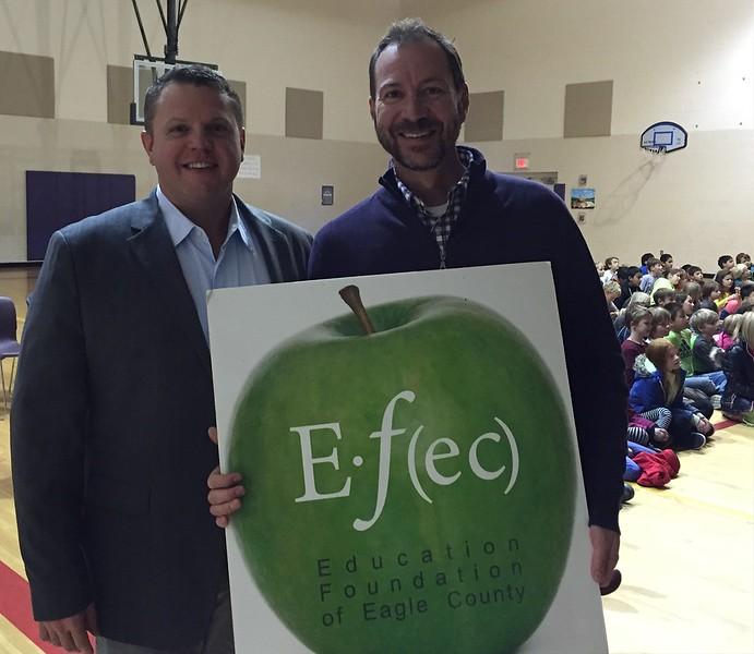 Drew Musser<br>4th Grade Teachers <br>Brush Creek Elementary School<br>November 2015 Winner<br>With Dr. Jason Glass, ECSD Superintendent