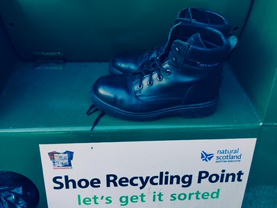 Well done, o good and faithful servant.   Hard to believe after only eight years, but the boots issued to me when I started with First Linlithgow have now failed.  Offside sole and heel disintegrated.....
